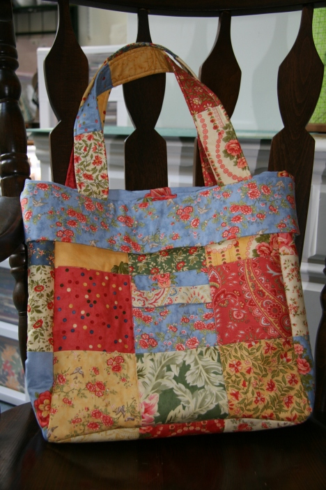 Tote Bag made for my mother's birthday...  Moda Portugal fabric line
